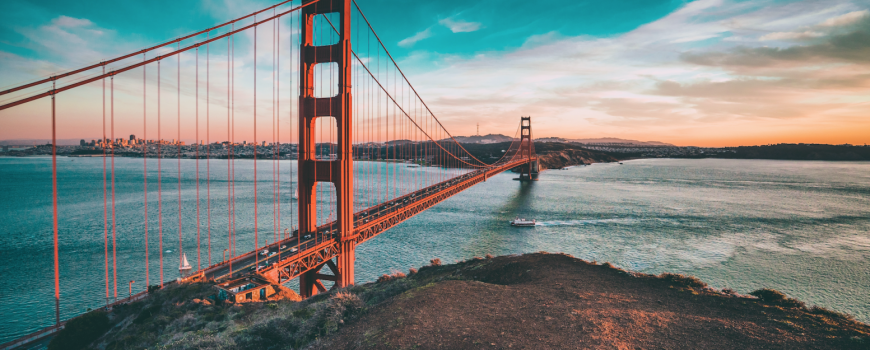 golden gate bridge -via canva